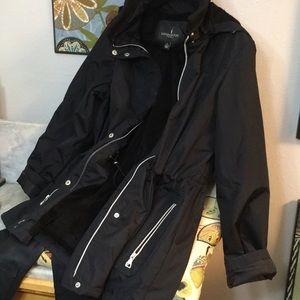 New Black Fur Lined London Fog Raincoat Hood Nice!